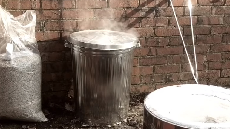 pot inside combustion chamber